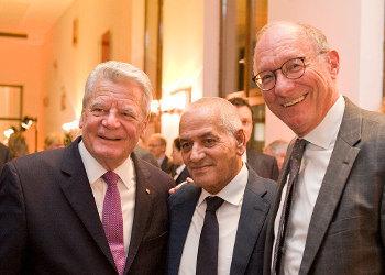 Bundespräsident Joachim Gauck, Houcine Abassi und Franz Maget